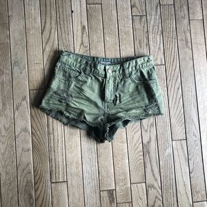 Billabong olive jean shirt size 26